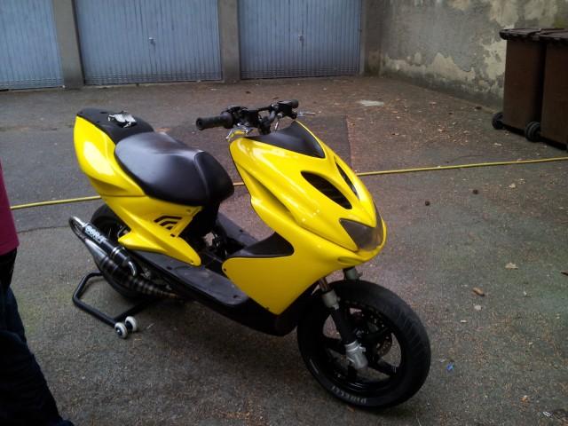 Yamaha Moped